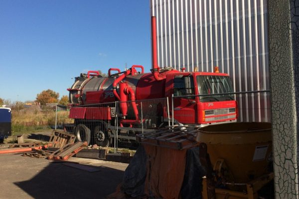 JPB brengt 10.000 liter Eemswater